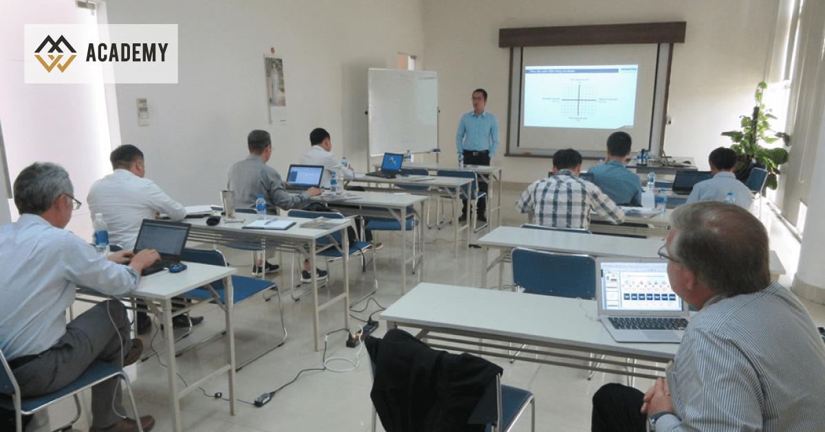 HLV Nguyễn Thanh Sơn đào tạo SalesMaster Class cho Komatsu giai đoạn 2018-2020