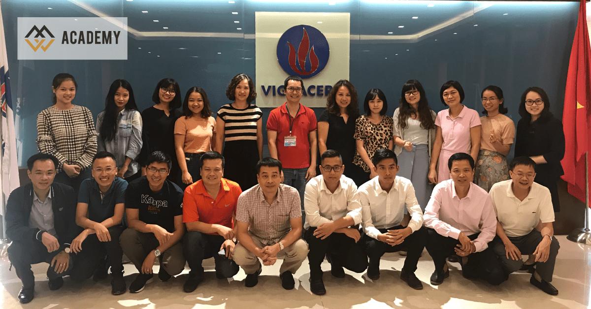 HLV Nguyễn Thanh Sơn đào tạo Nghệ thuật bán hàng B2B và B2C tại Viglacera